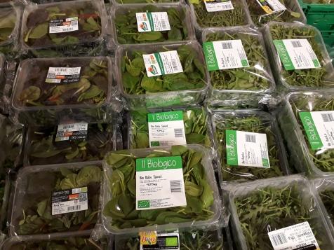 Plastiksalat im Biomarkt